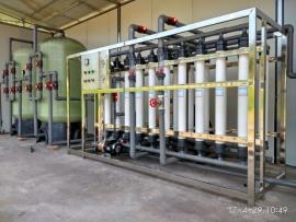 10吨山泉水设备